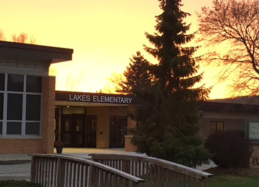 Lakes Elementary Building 2017